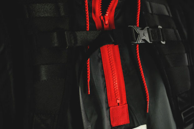 nike-air-jordan-11-bred-returns-backpack-form-3