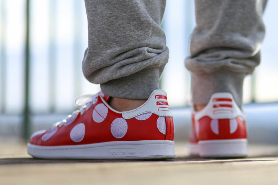 adidas-originals-pharrell-williams-stan-smith-big-polka-dots-10