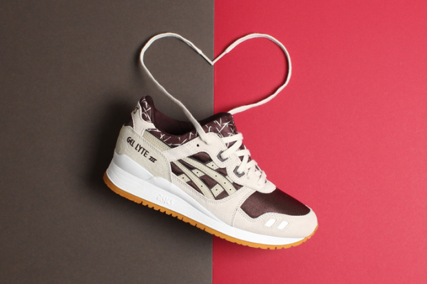 asics-valentine-pack-inspired-by-roses-chocolate-02-620x413