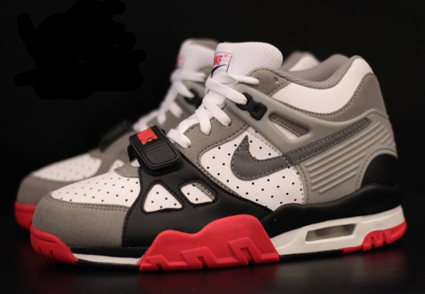 nike-air-trainer-3-infrared-02