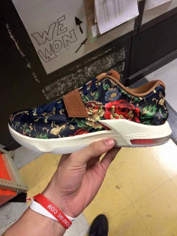nike-kd7-ext-floral-1