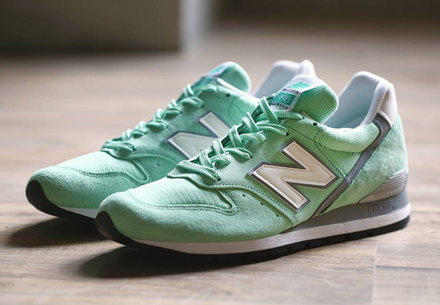 new-balance-996-made-in-usa-mint-01