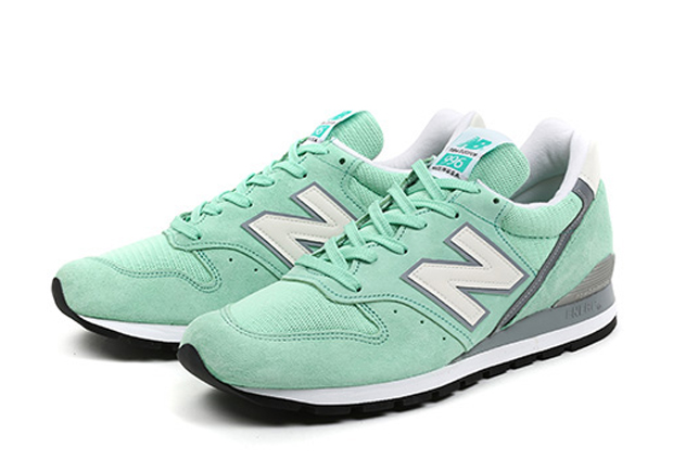 new-balance-996-made-in-usa-mint-03