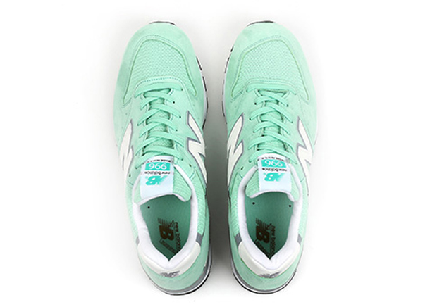 new-balance-996-made-in-usa-mint-04