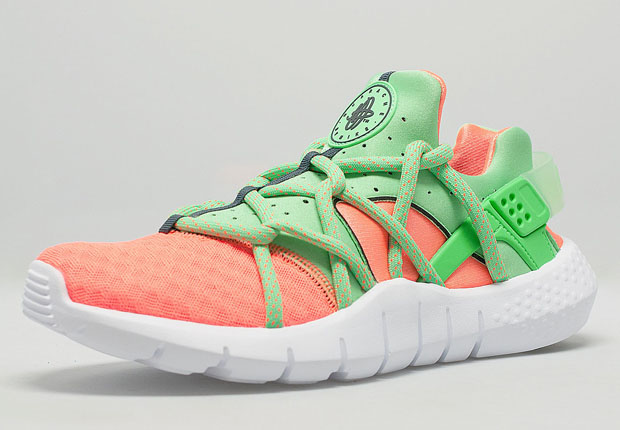nike-air-huarache-nm-total-orange-poison-green-1