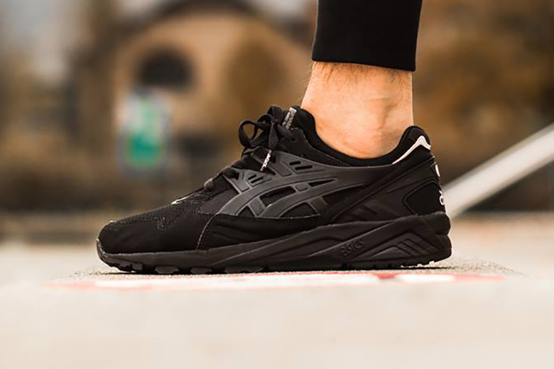 asics-gel-kayano-trainer-black-white-pack-2