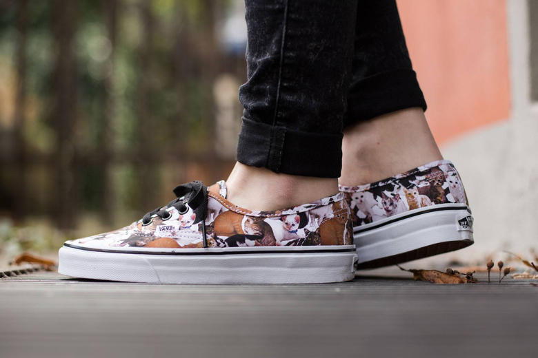 vans-authentic-aspca-kittens-true-white-1