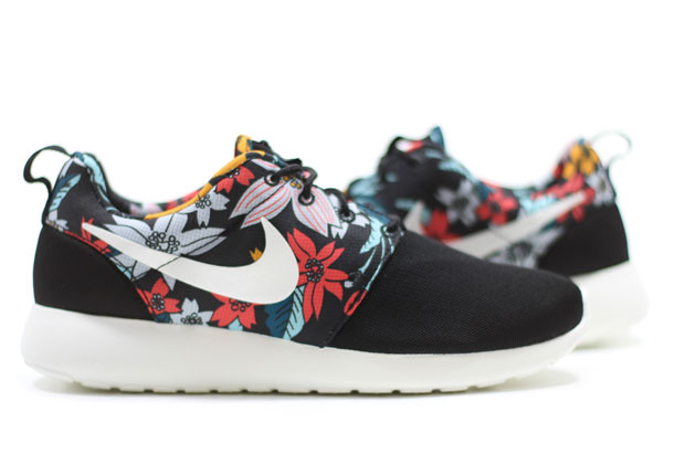 5fd68c08653d ... where to buy nike roshe floral prints 43178 79d87