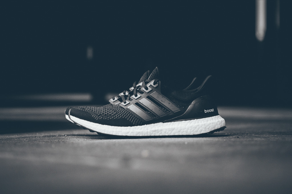 adidas-ultra-boost-black-white-1