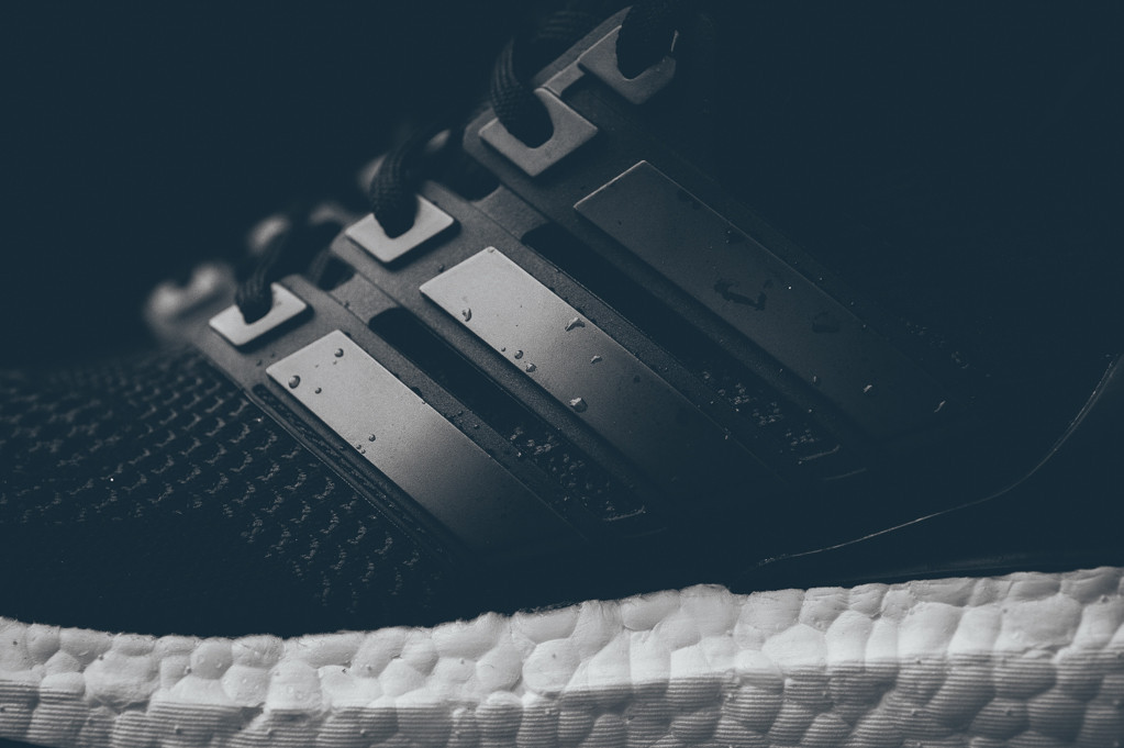 adidas-ultra-boost-black-white-2