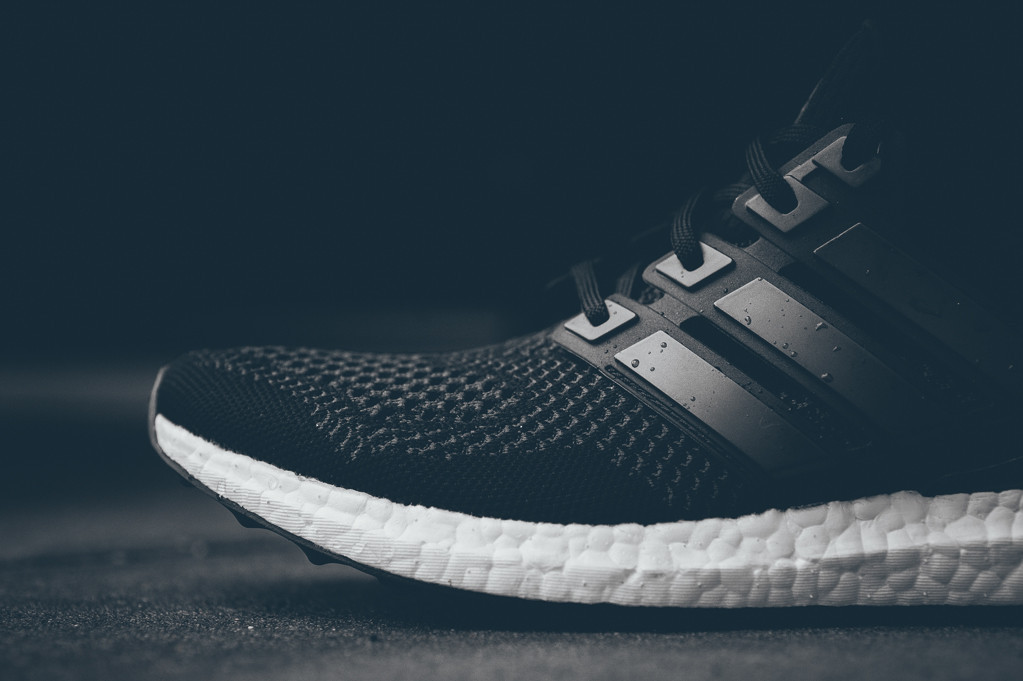 adidas-ultra-boost-black-white-7