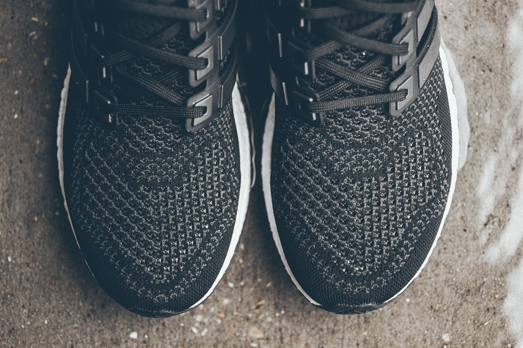 adidas-ultra-boost-black-white-8