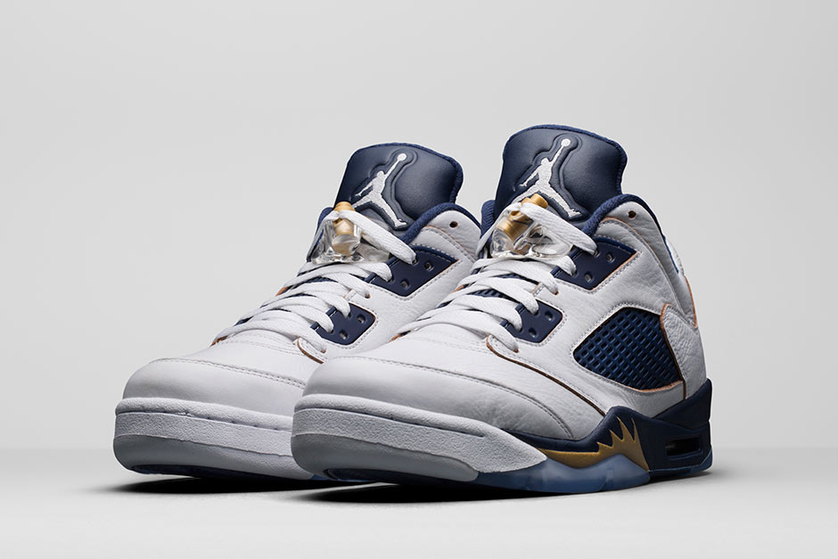 nike-jordan-dunk-from-above-5