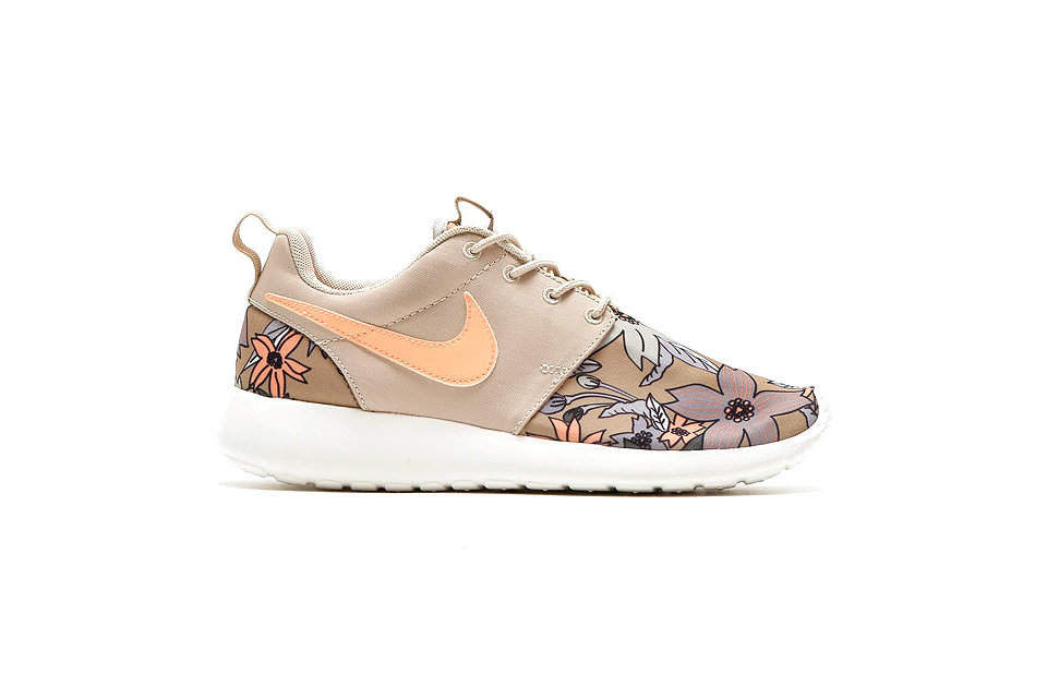 Nike Roshe One PRM – Duas Novas Colorways Florais