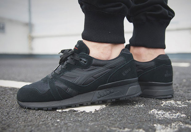 diadora-n9000-all-black-1