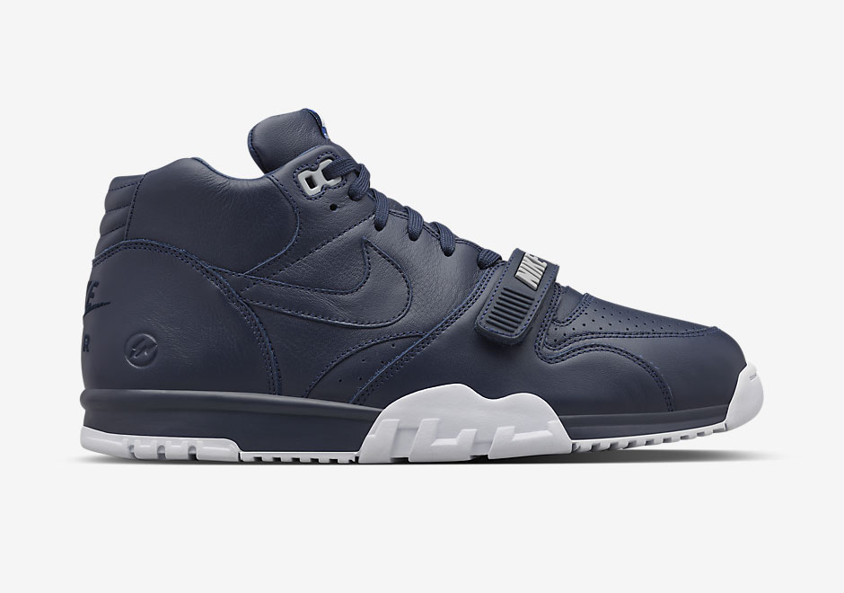nike-fragment-air-trainer-1-release-6