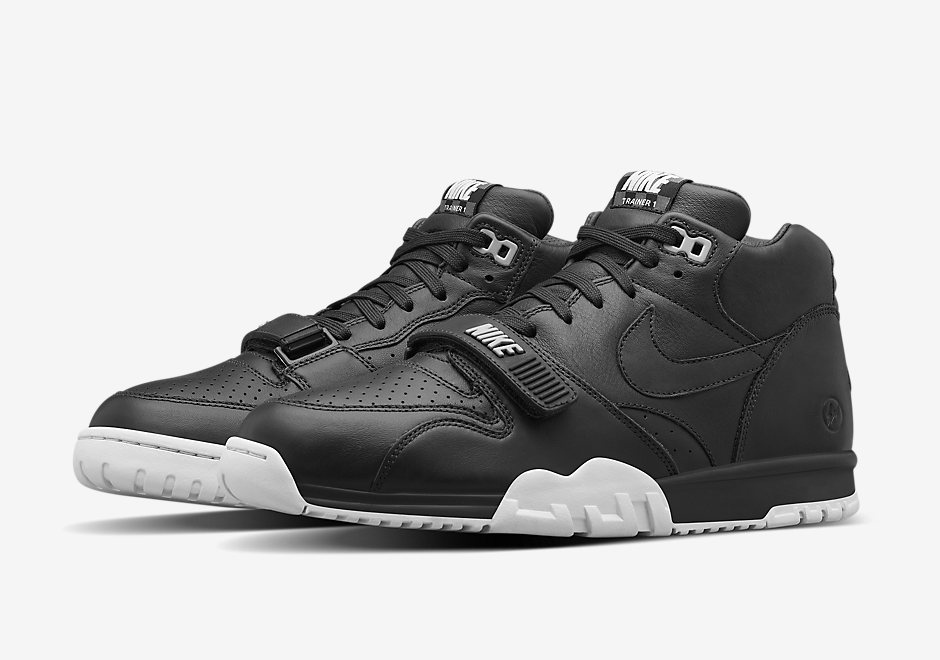 nikelab-fragment-air-trainer-1-black-red-2
