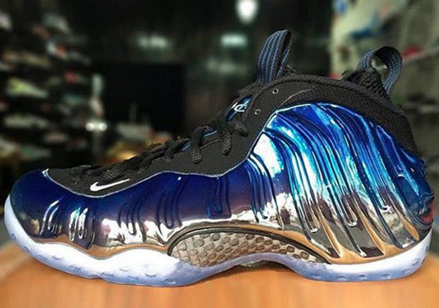 nike-foamposite-one-mirror-royal-1