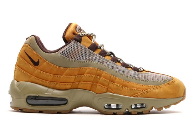 nike-sportswear-wheat-pack-10