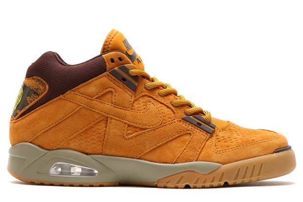nike-sportswear-wheat-pack-17