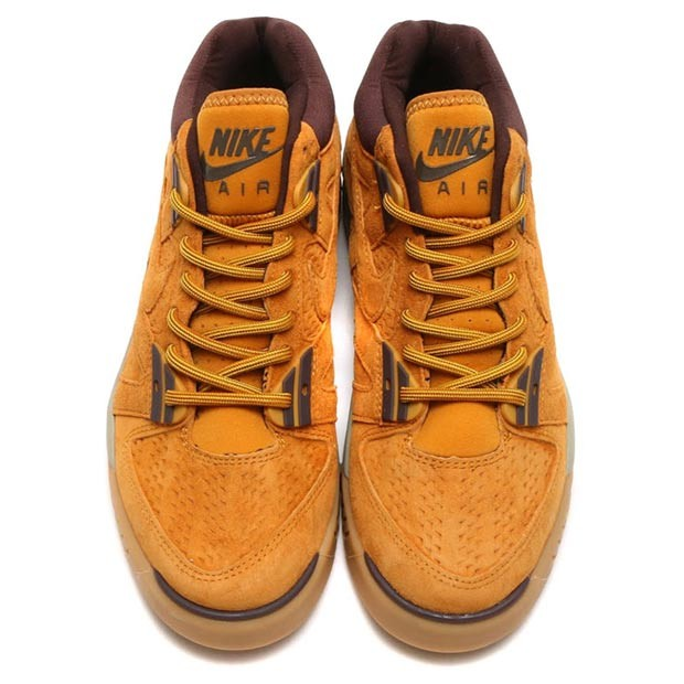 nike-sportswear-wheat-pack-19