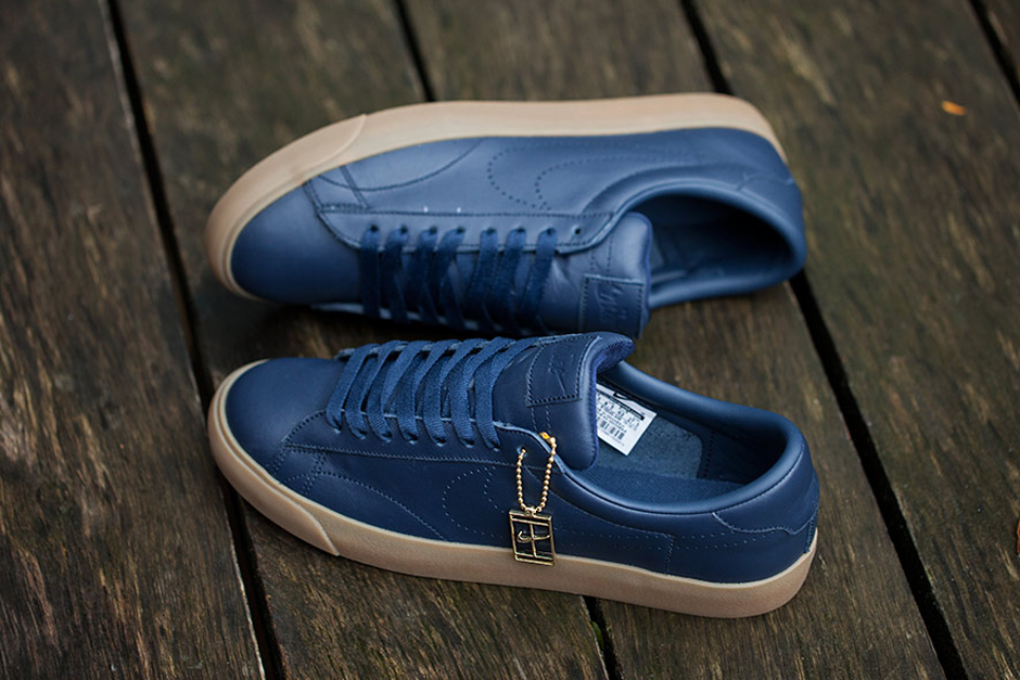 nike-tennis-classic-fragment-design-two-colorways-3