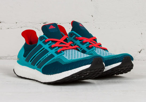 adidas-ultra-boost-teal-red-2