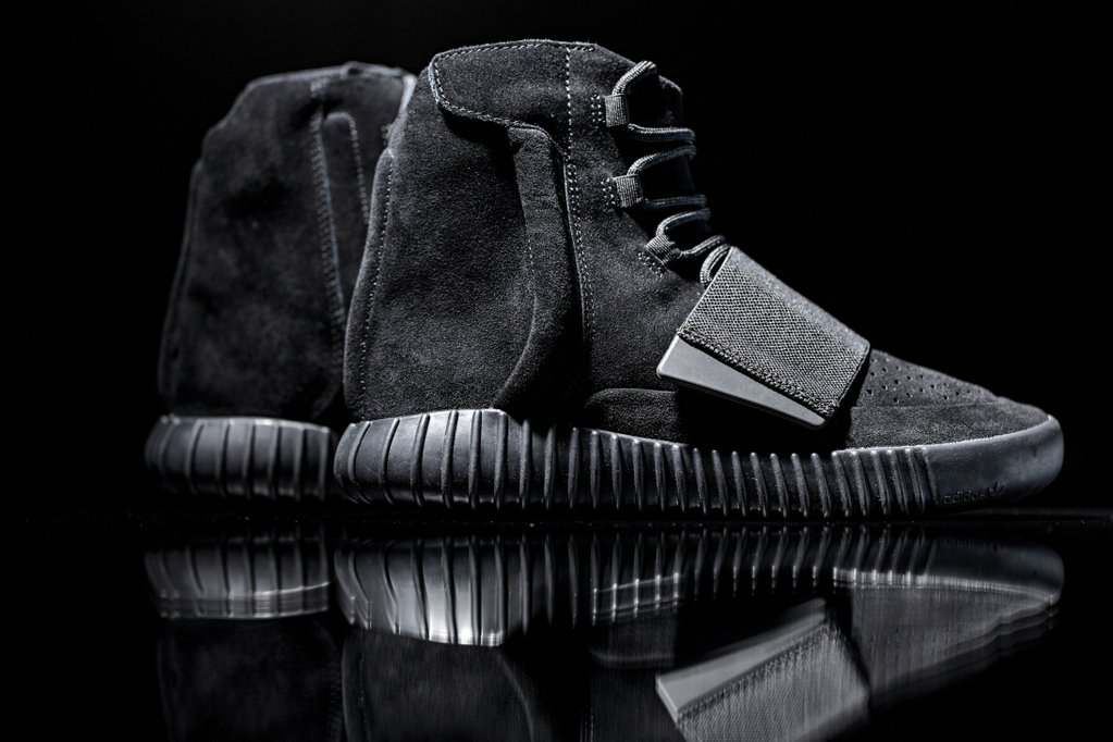 adidas-originals-triple-black-yeezy-boost-750-4
