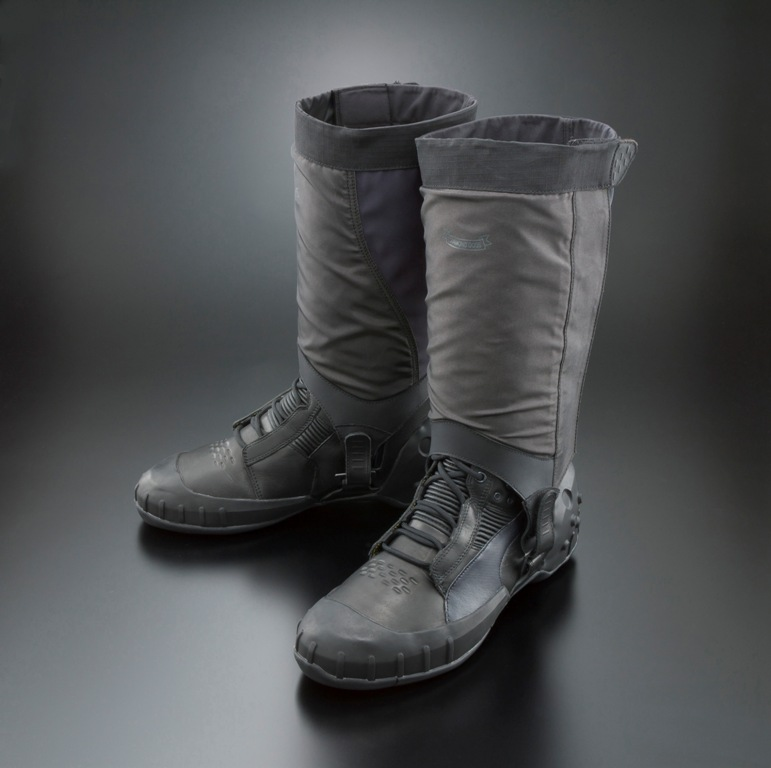 puma-metal-gear-solid-v-the-phantom-pain-sneaking-boot-1