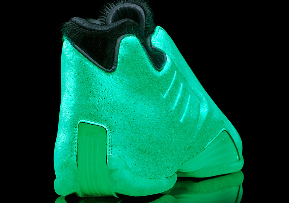 adidas-all-star-glow-triple-white-aurora-borealis-t-mac-3-d-lillard-2-7
