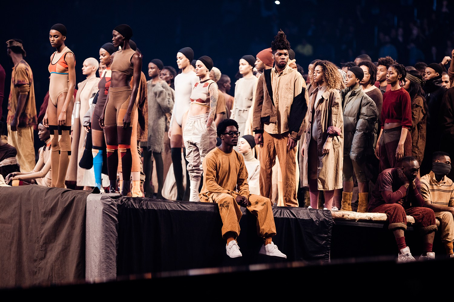 Kanye West Apresenta Novo Álbum E Yeezy Season 3 No Madison Square Garden