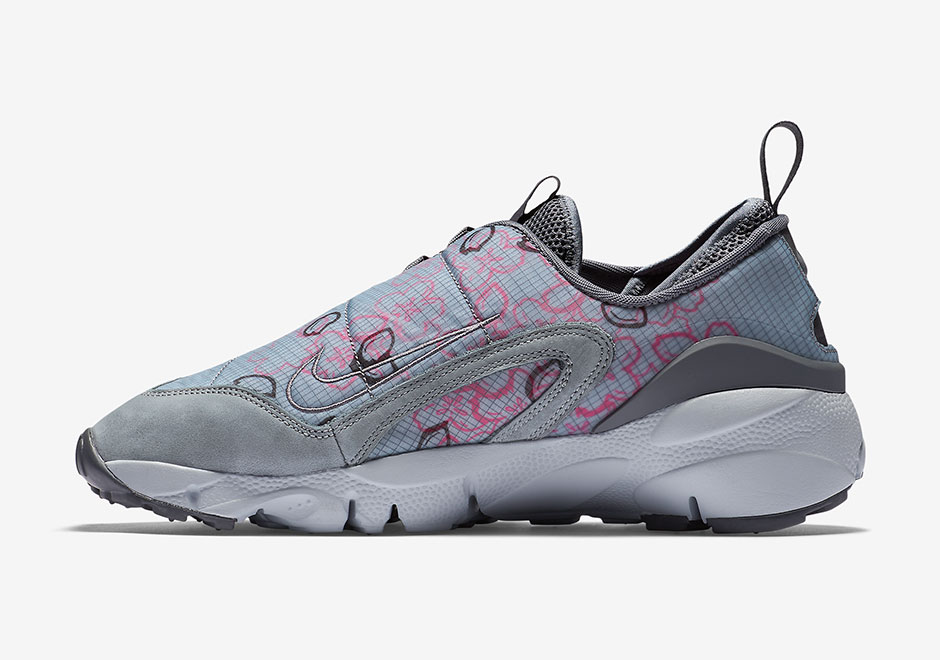 nike-air-footscape-motion-retro-sakura-03