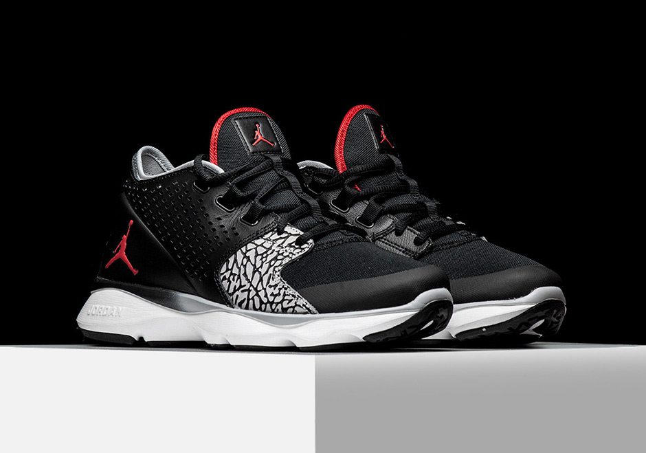 jordan-flow-trainer-black-cement-01