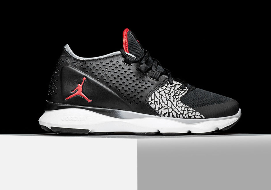 jordan-flow-trainer-black-cement-02