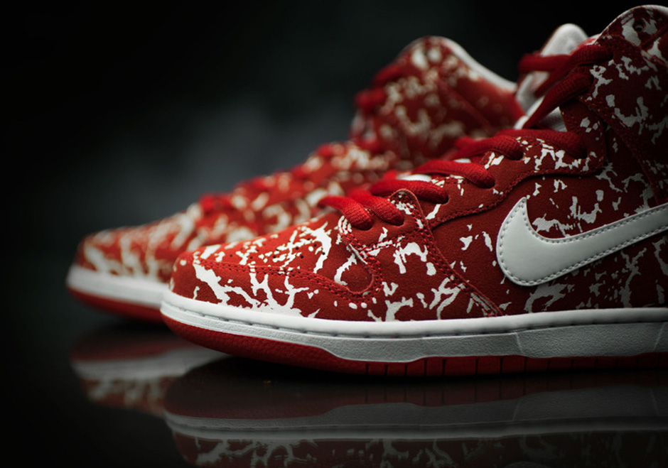 Nike SB Dunk High 'Raw Meat'