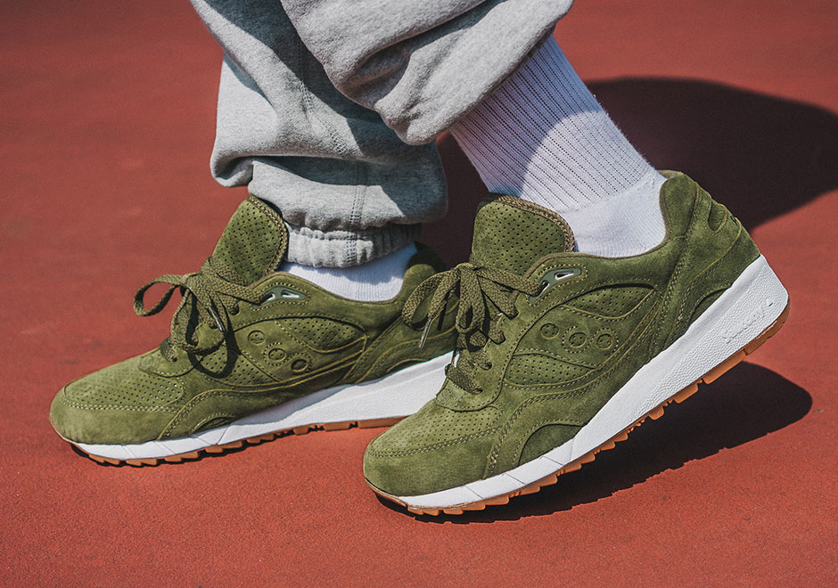 saucony-packer-shoes-shadow-6000-olive-suede-01