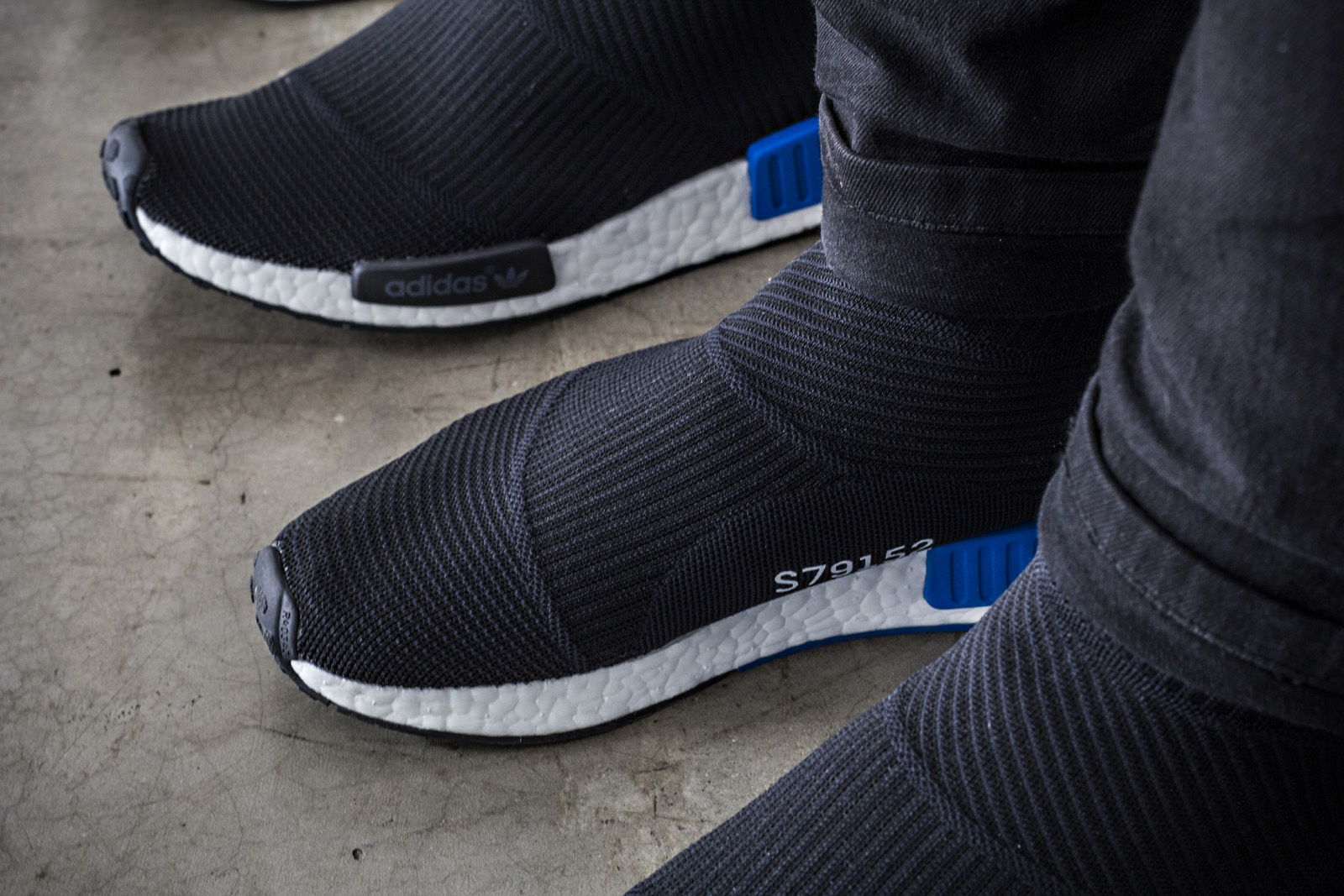 "SneakersBR Unboxing  adidas NMD CS1 – City Sock PK ""Black"" 76c1980a51f38"