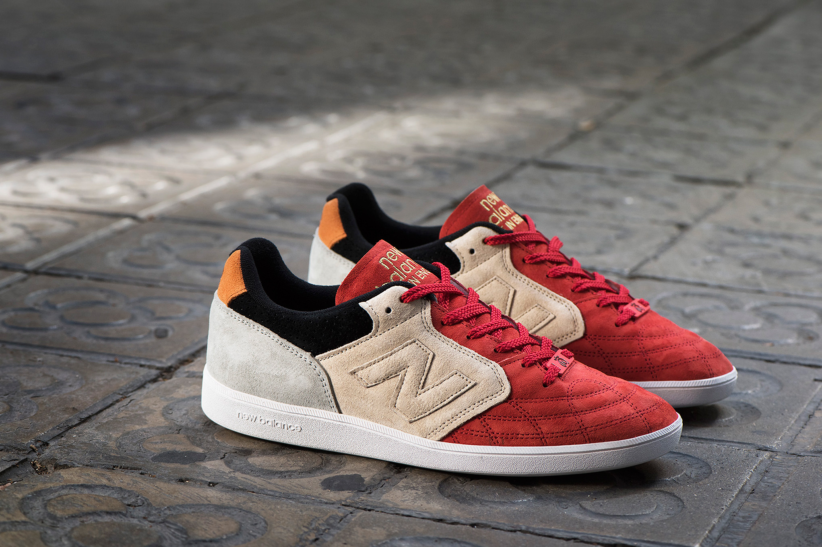 new-balance-epic-tr-hanon-24-kilates-sneakersnstuff-firmament-2