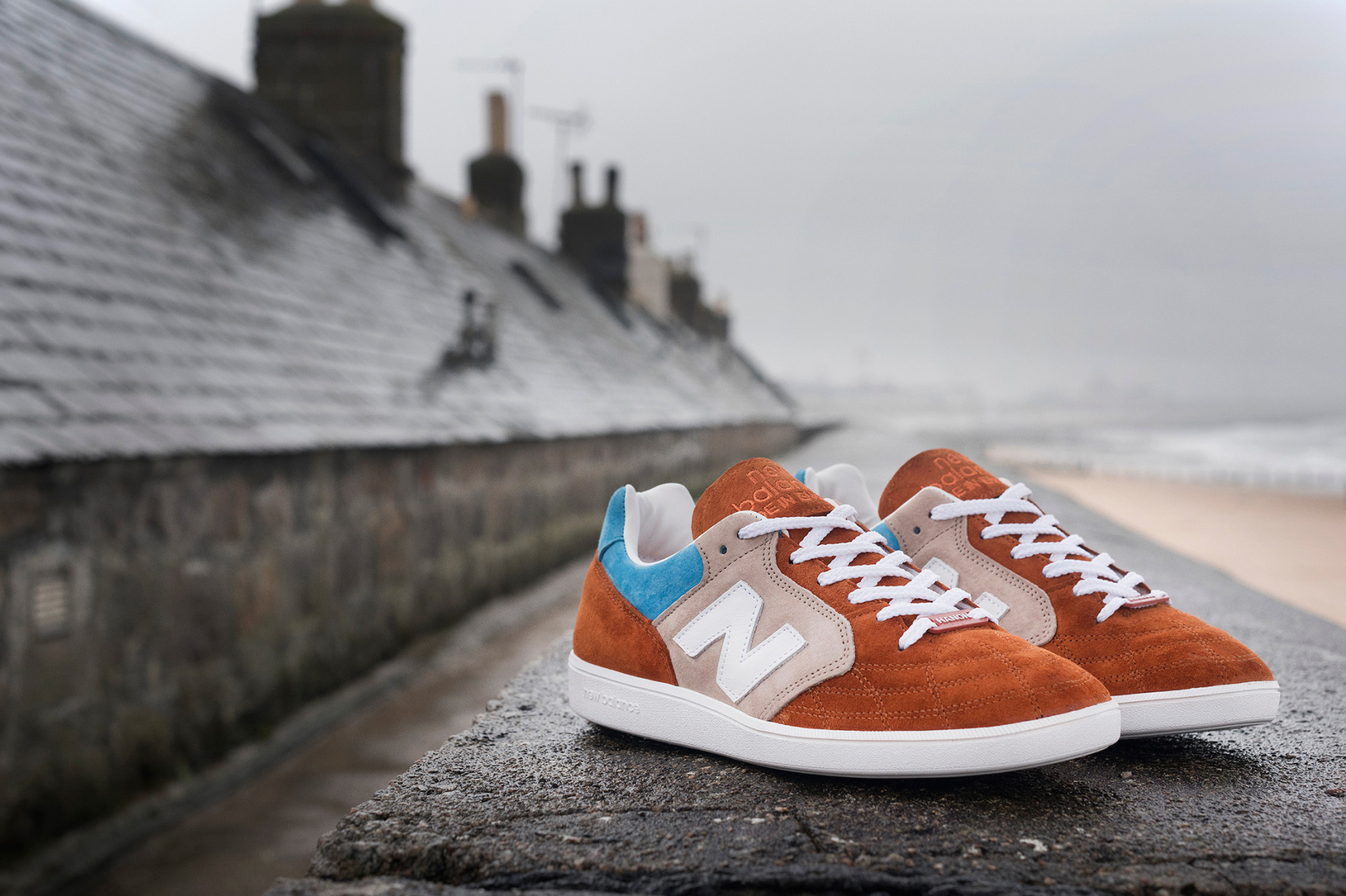 new-balance-epic-tr-hanon-24-kilates-sneakersnstuff-firmament-6