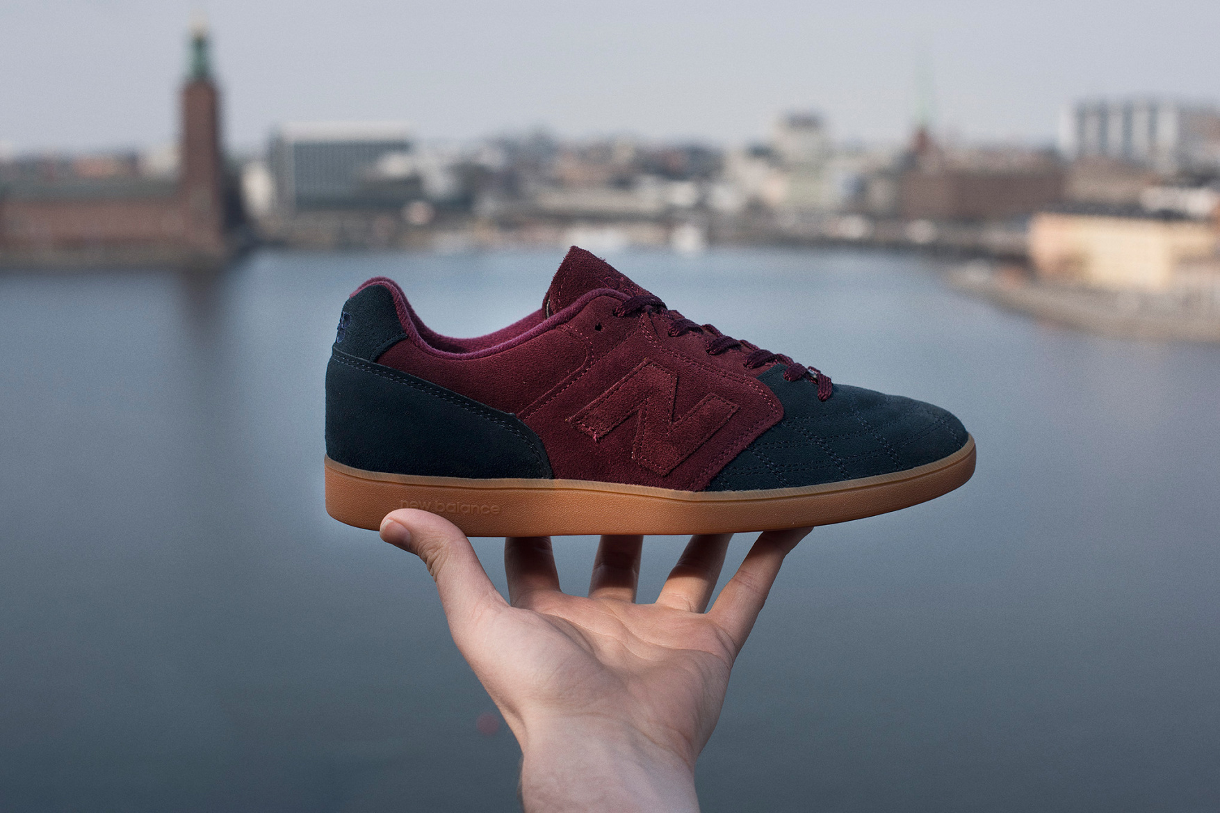 new-balance-epic-tr-hanon-24-kilates-sneakersnstuff-firmament-8