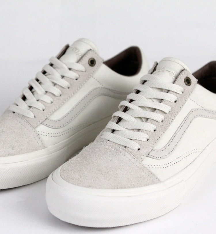 Vans-Pass~port-Old-Skool-Pro-08