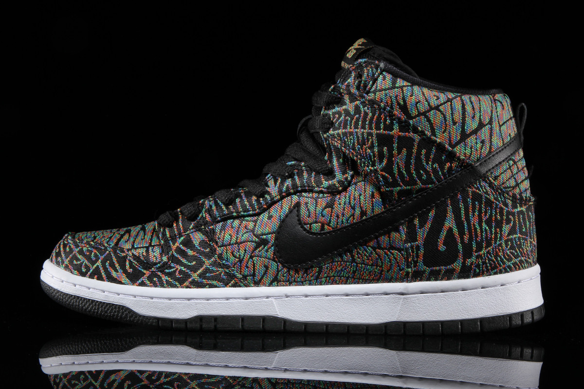 nike-sb-dunk-high-concert-poster-psychedelic-03