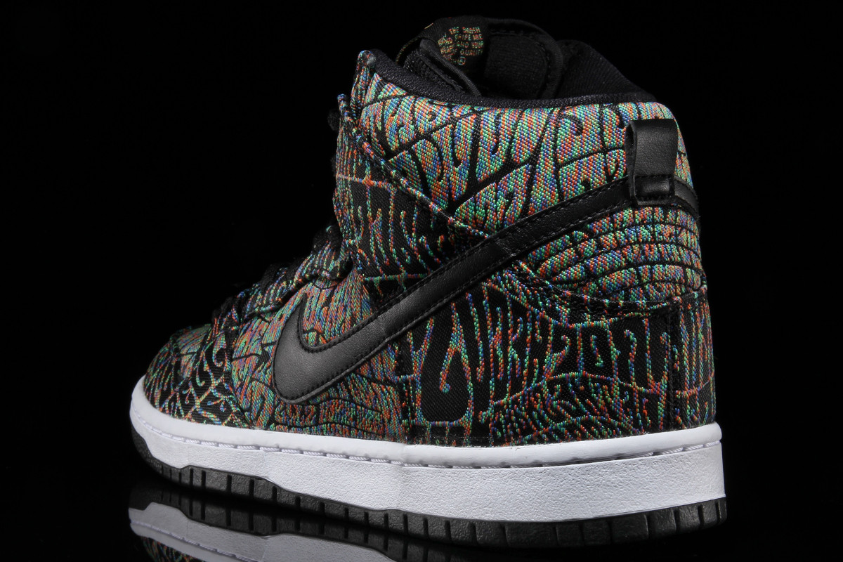 nike-sb-dunk-high-concert-poster-psychedelic-04