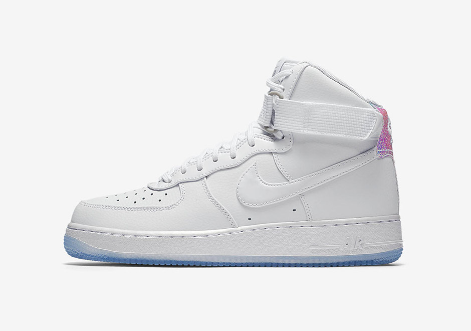 nike-wmns-air-force-1-iridescent-8