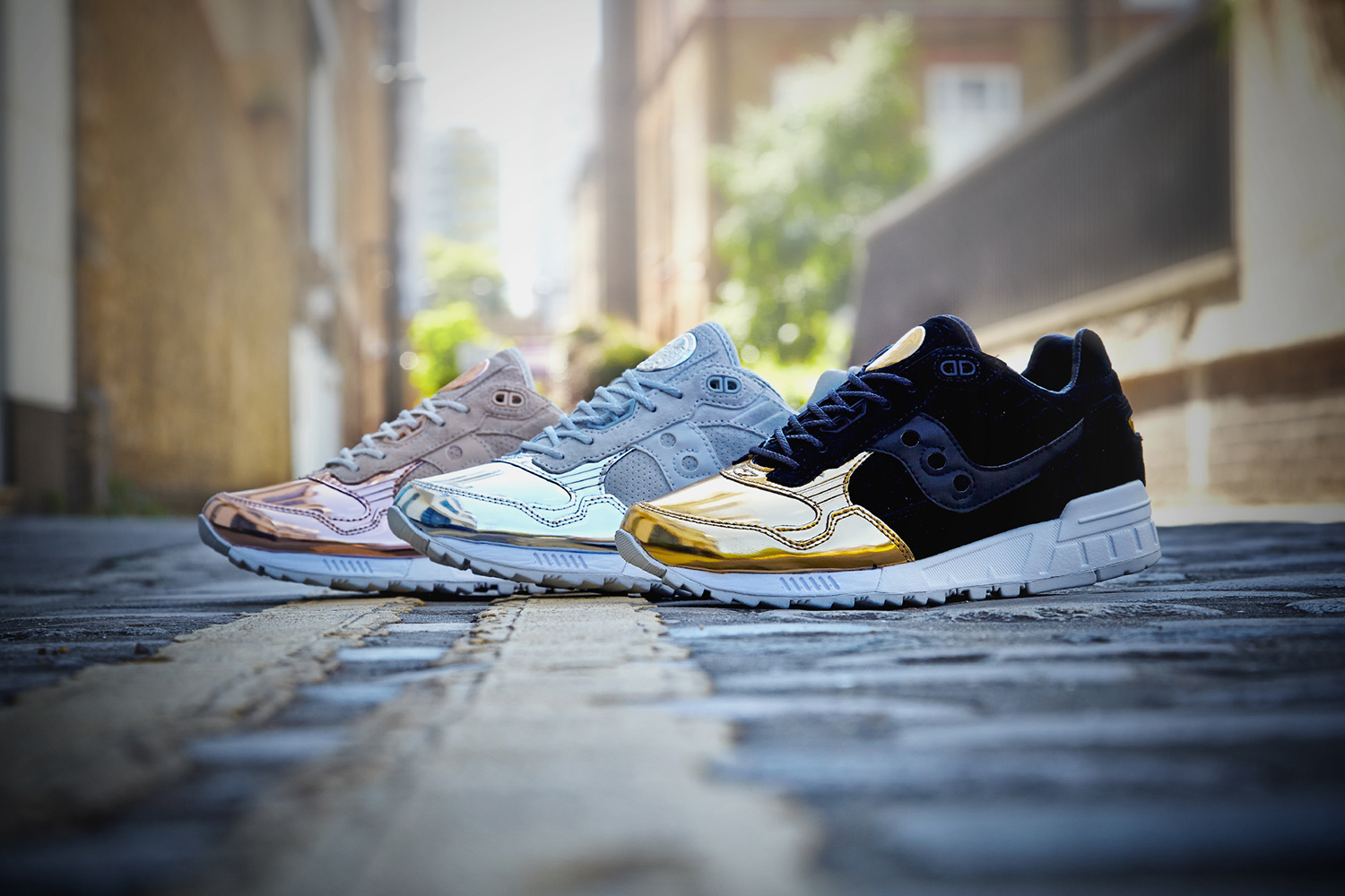 saucony-shadow-5000-offspring-medal-pack-01
