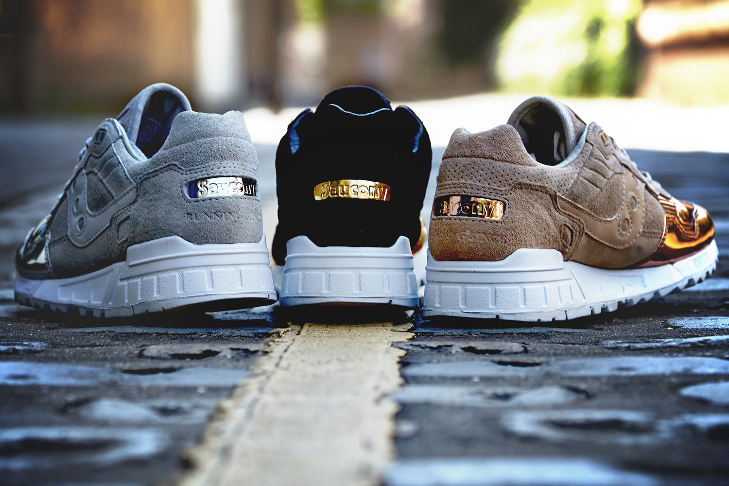 saucony-shadow-5000-offspring-medal-pack-02