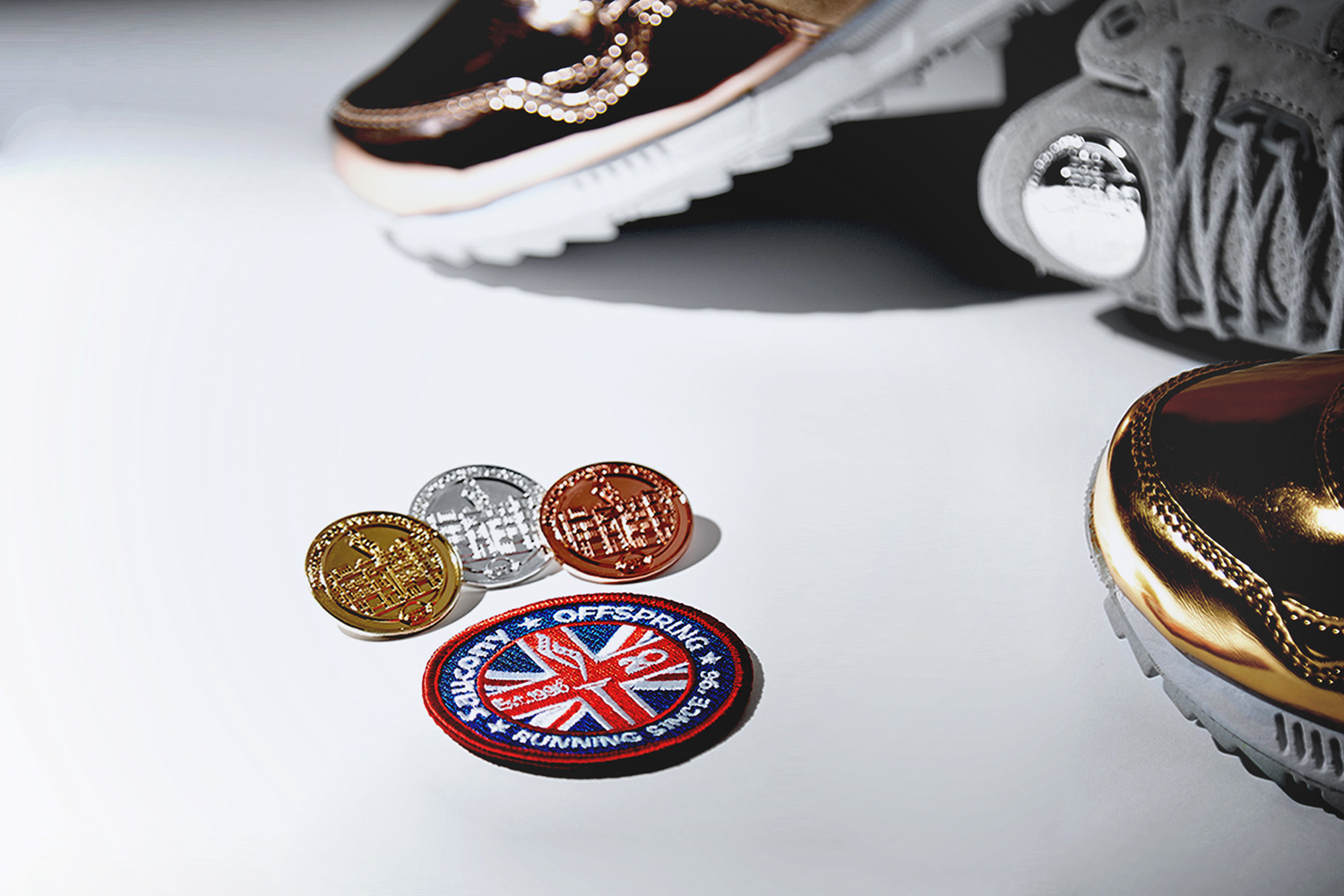 saucony-shadow-5000-offspring-medal-pack-03