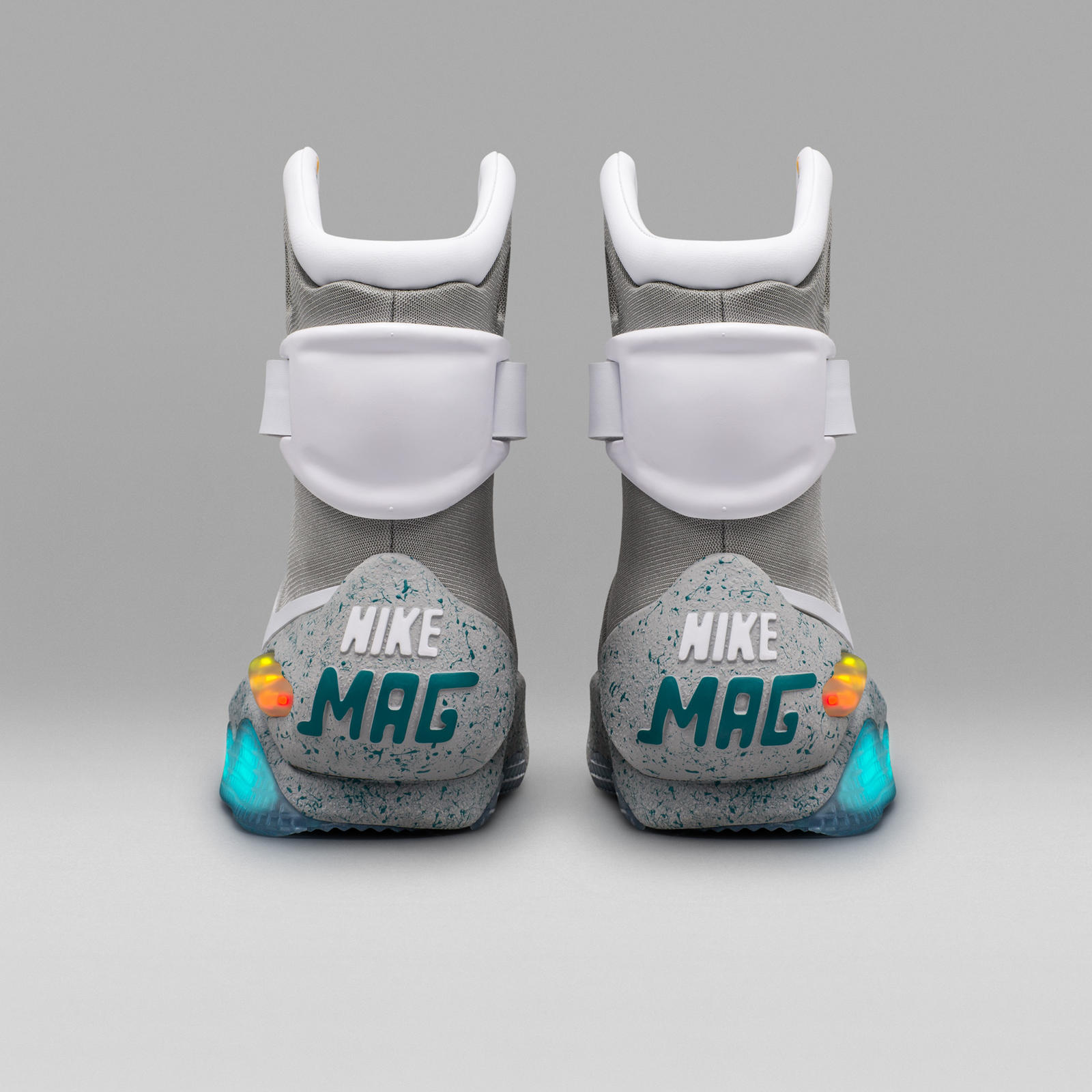 nike-mag-2016-official-04