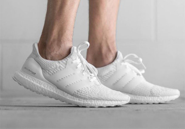adidas-ultra-boost-triple-white-3-02