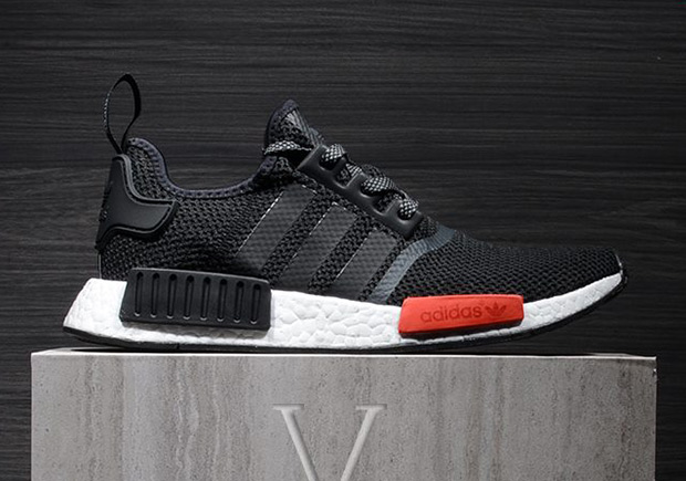 adidas-nmd-r1-black-red-black-friday-2